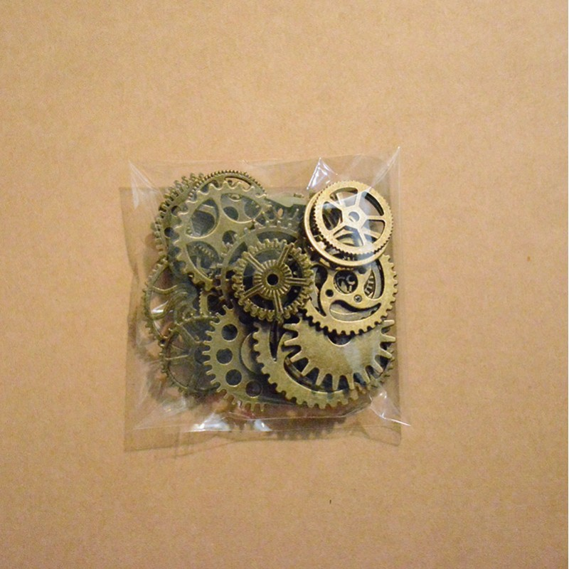 Set of Gears Bronze Colored Scrap'n'Design Charms and Pendants 4,60€
