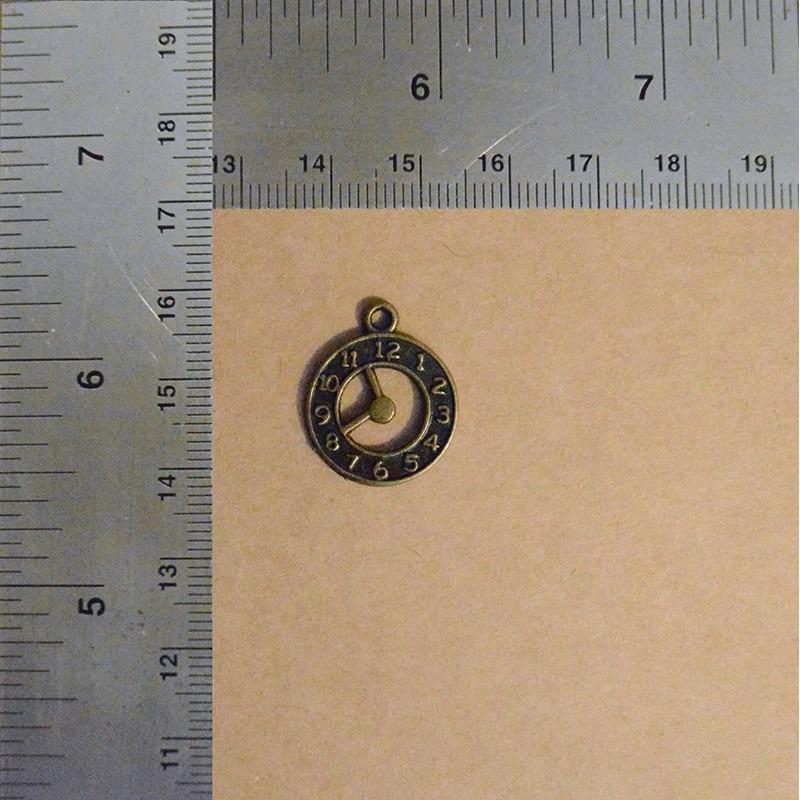 Clock Charm Charms and Pendants 0,30€