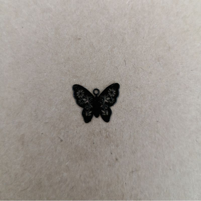 butterfly charm peint Charms and Pendants 1,20€