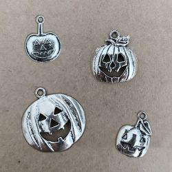 Pumpkin Charm Charms and Pendants 1,30 €
