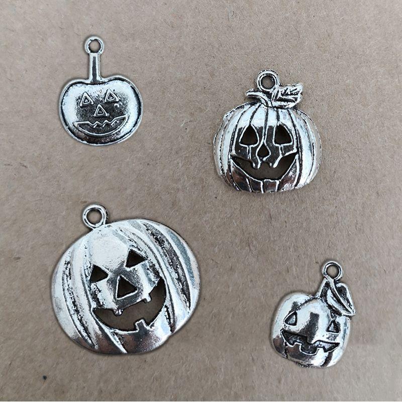 Pumpkin Charm Charms and Pendants 1,30€